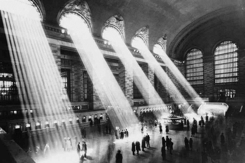 Beams-of-light-at-Grand-Central-Station.jpg