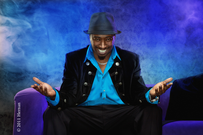 Eddie-Griffin-Purple-Couch-and-Smoke.jpg